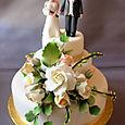 Ivory Wedding Cake L