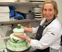 Sian and her Frog Wedding Cake 3