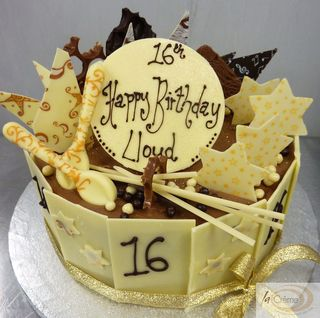 La Creme White Chocolate 16th Birthday Cake S