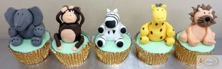 La Creme animal charracter cup cakes