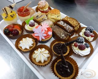 Patisserie tray