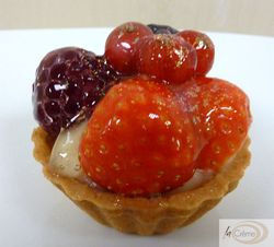 Fruit tart canape s