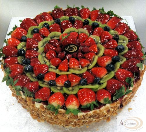 La Creme Fresh Fruit Gateau2