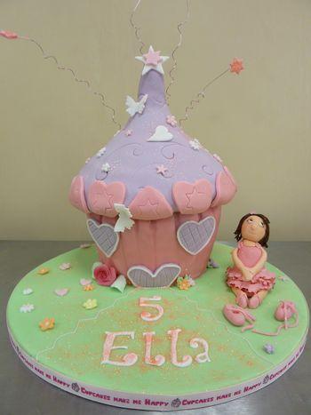 Ballerina birthday cup cake