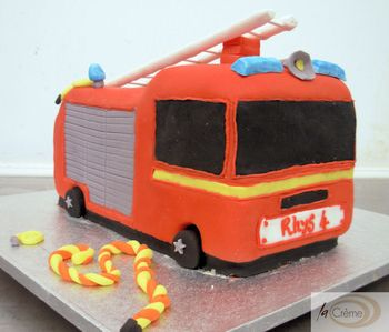 Tremendous Birthday Cakes Fire Engine Birthday Cake Personalised Birthday Cards Arneslily Jamesorg