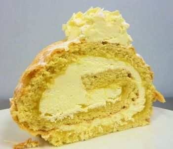 Lemon & Cream Roulade