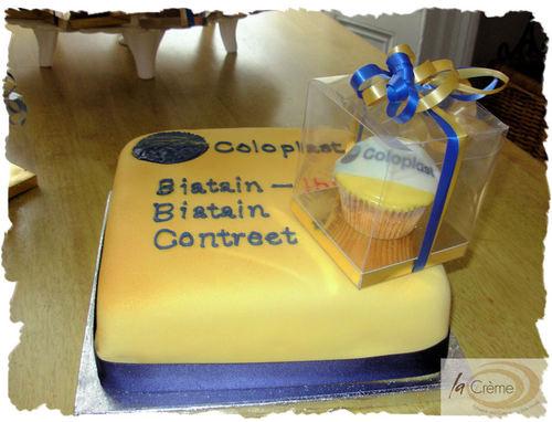 Large Coloplast cutting cake.