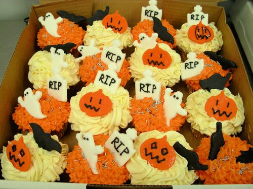 Hallowen Cup Cakes