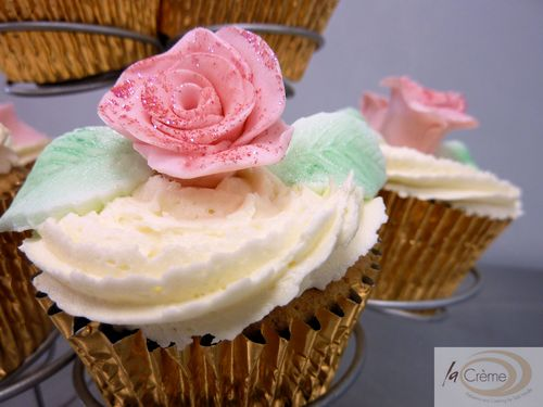 Pink Rose Wedding Cup Cakes