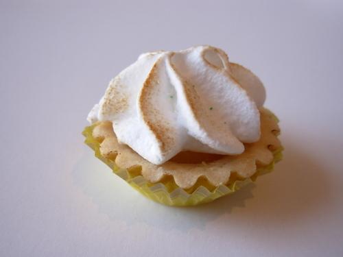 Lemon Meranque Mini Patisserie