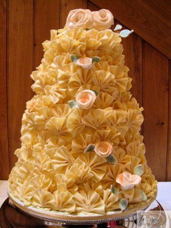 4 Tier Chocolate Fan Wedding Cake2