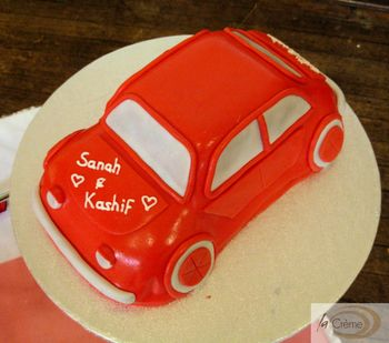 Red Wedding Car Cake